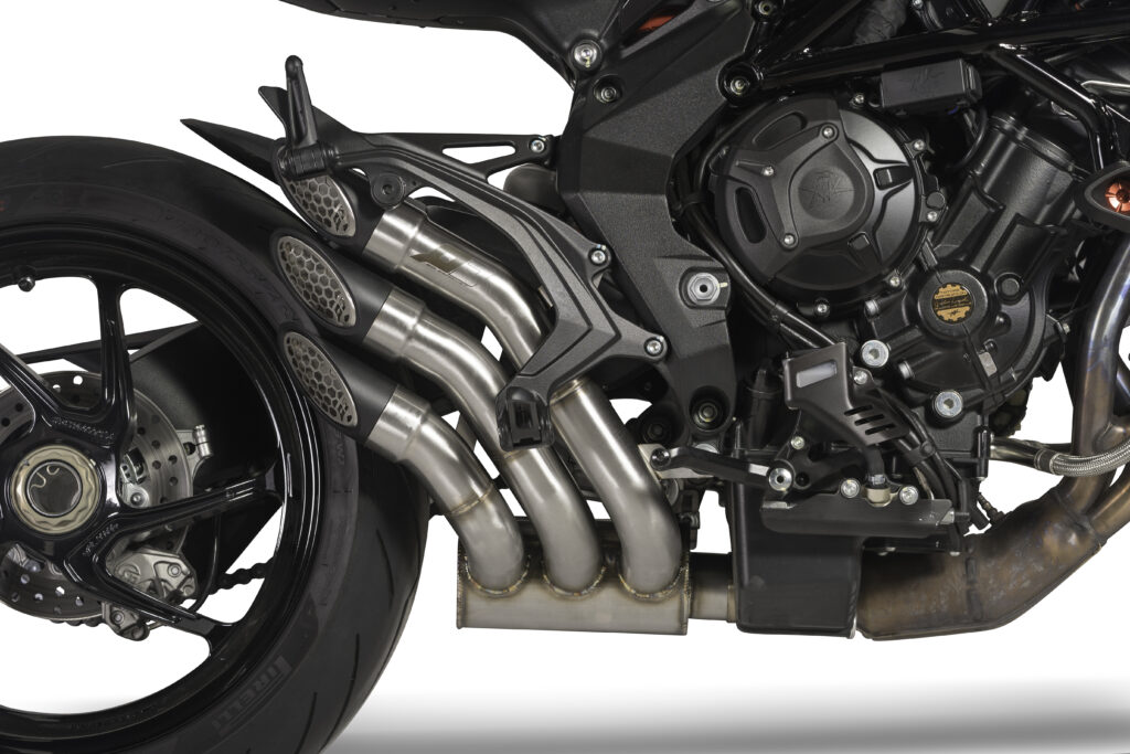 mv-agusta- brutale- 800-qd-exhaust-power-gun-1