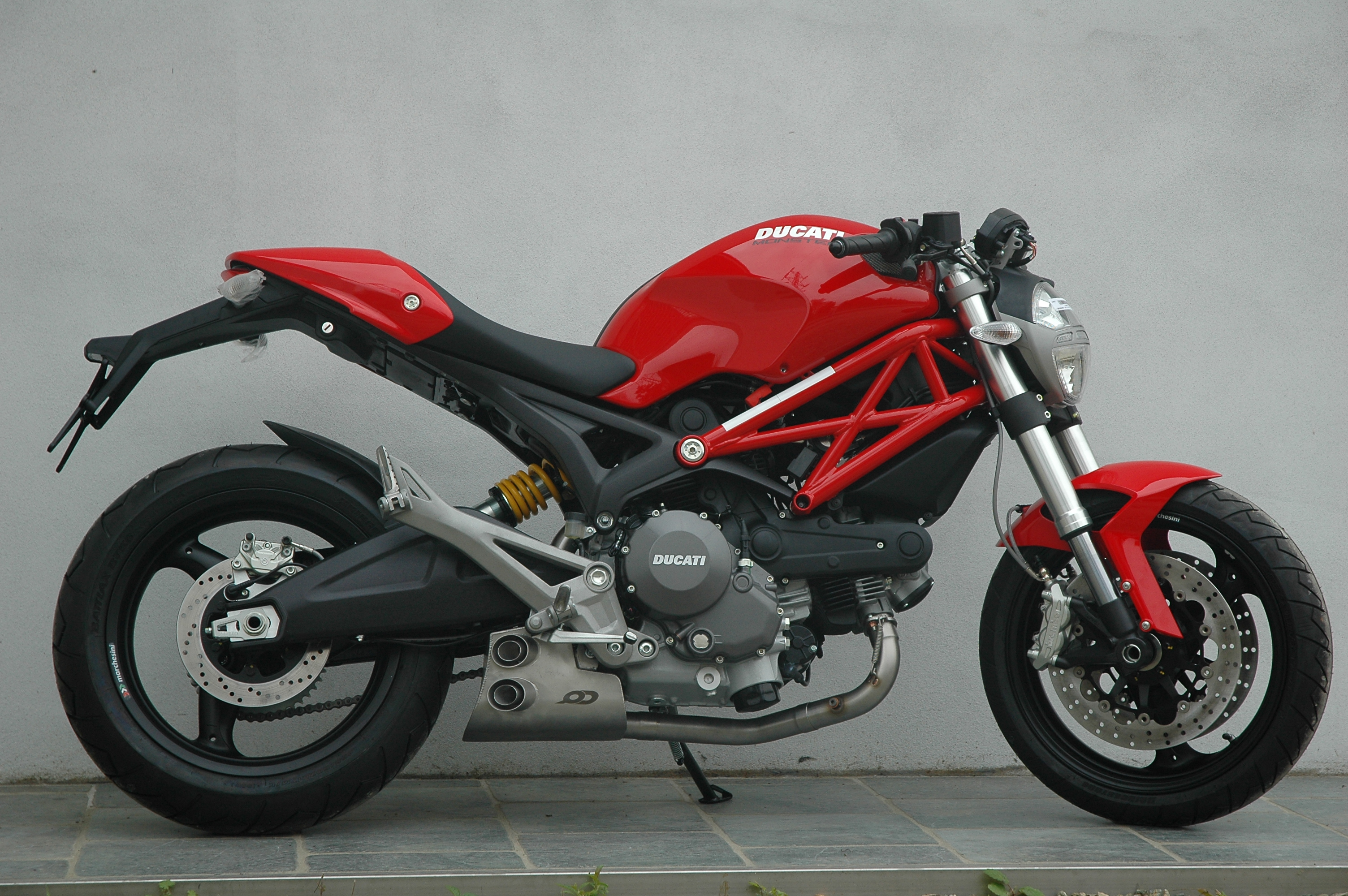ducati monster 696 ex box series exhaust system qd exhaust. Black Bedroom Furniture Sets. Home Design Ideas